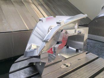 CNC-Fräsen und -Drehen bei Mader Metalltec